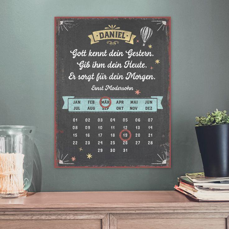 Persönlicher immerwährende Magnetkalender im Format 27 x 35 cm, mit Aufhängung. Mithilfe der zwei enthaltenen Magnetringe werden Monat und Tag markiert. #persönlich #magnetkalender #magnet #kalender #vintage #geschenk #handmade #gestern #heute #morgen