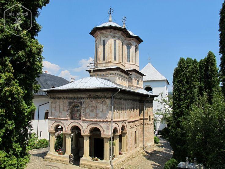 Mănăstirea Dintr-un Lemn