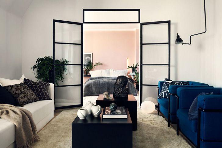 O amenajare scandinavă atipică, elegantă și feminină, pentru un apartament, în stil vagon, cu o suprafață de numai 46 mp.