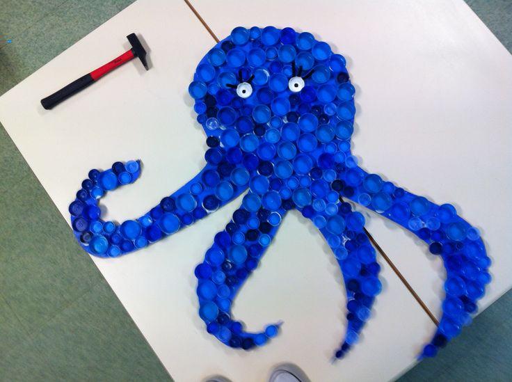 Octopus la pieuvre avec des bouchons