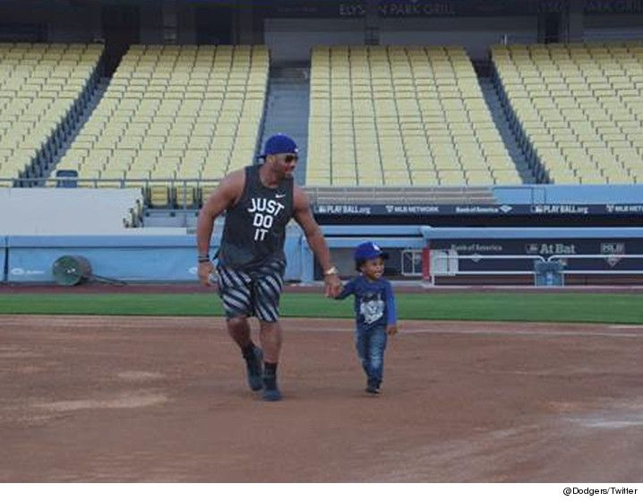 Future is gonna be piiiiissed. Russell Wilson and baby Future had the run of Dodger Stadium on Sunday — running the base paths, and posing for what looks like awesome family photos with Ciara. As we've reported, Ciara and Future are in a nasty custody battle over their son. Future's already said he's not thrilled …