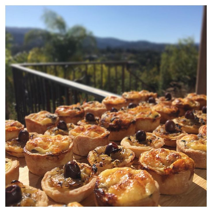 Throw back to sunny days... #personalchef #privatechef #cocktailparty #pissaladiere #sfeats #eatsf #lefooding #bayarea #bayareabuzz