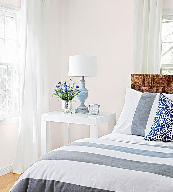 6 Cheap Bedroom Decorating Ideas- Love this calming bedroom!
