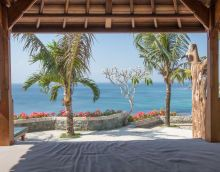 Bale relaxation area for yoga and meditation www.binginbungalows.com