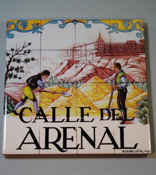 Azulejo de la calle Arenal en Madrid