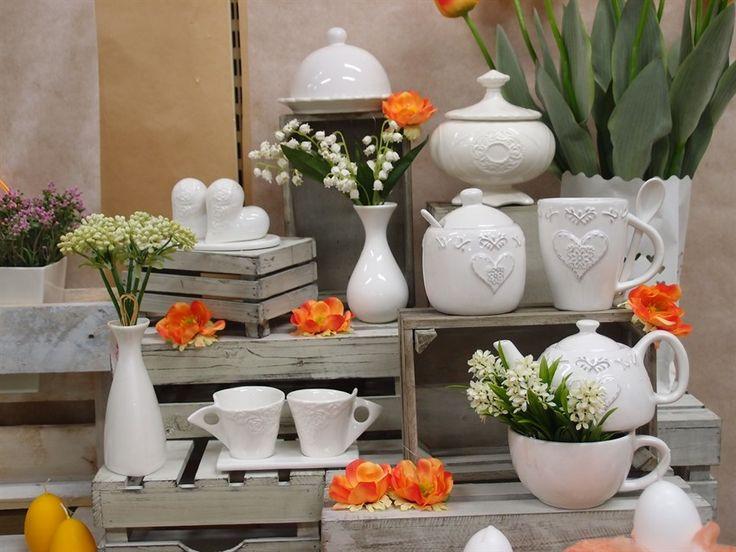 L'angolo della porcellana. Idee regalo e spunti per allestimenti fai da te. Clicca e scopri tutte le idee di shopguerrini.com