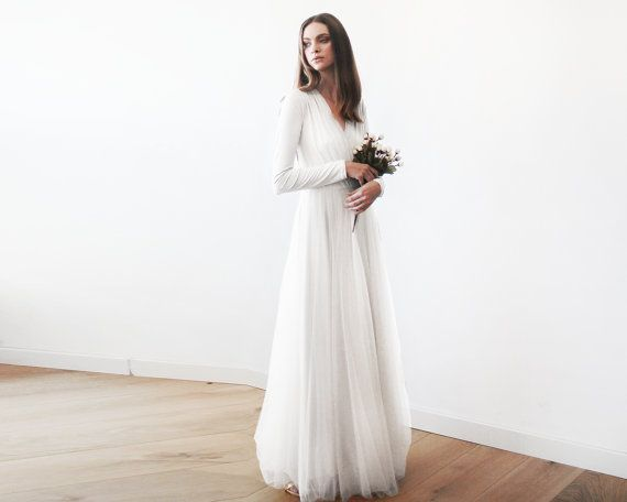 Simple Yet Elegant Wedding Dresses: Best 25+ Tulle Gown Ideas On Pinterest