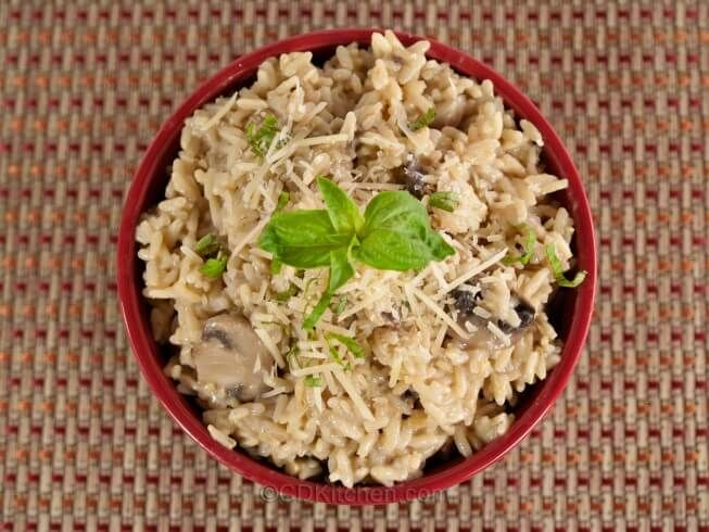 Get the creamy texture of risotto without all the work by making it in your crock pot instead ...