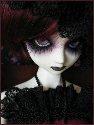 Gothic Blythe Doll.... <3 <3 <3