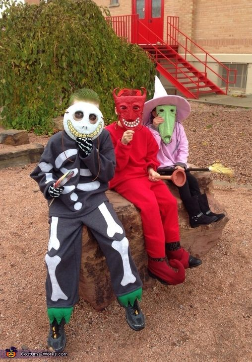 Nightmare Before Christmas - 2013 Halloween Costume Contest via @costumeworks Lock, Shock and Barrel