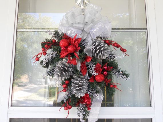 pinecone Christmas hanging decoration