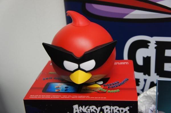 Angry Birds ganha caixas de som portáteis e cases para smartphones