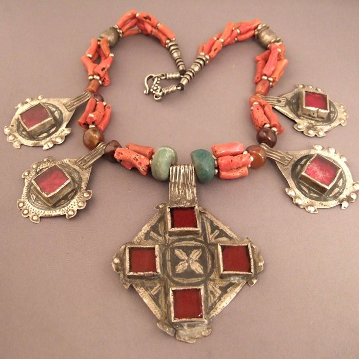 Africa   Silver, niello, glass, amazonite, coral, amber and cornelian necklace from the Central Anti Atlas region of Morocco    Sold   © Michel Halter