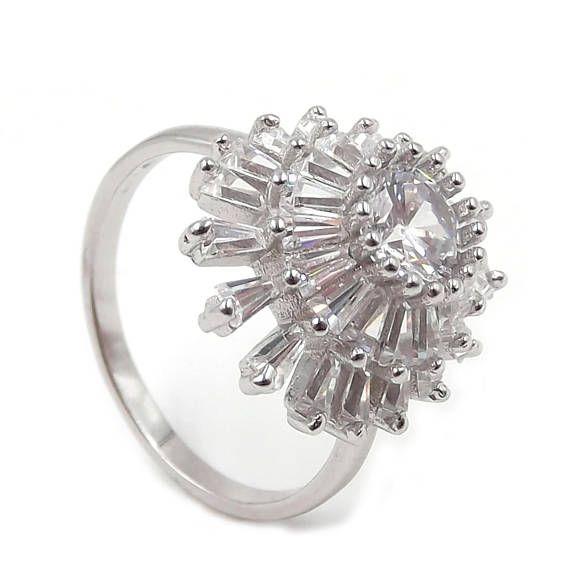 Anello da donna in argento 925% con fiore a raggi di