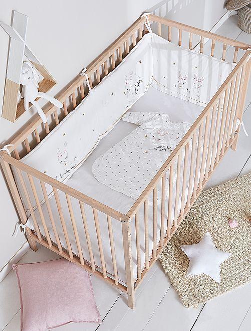 Tour De Lit En Velours Imprimes Lapins Bebe Fille Blanc A 25 00 Decouvrez Nos Collections Mode A Petits Prix Tour De Lit Tour De Lit Bebe Lit Bebe Fille
