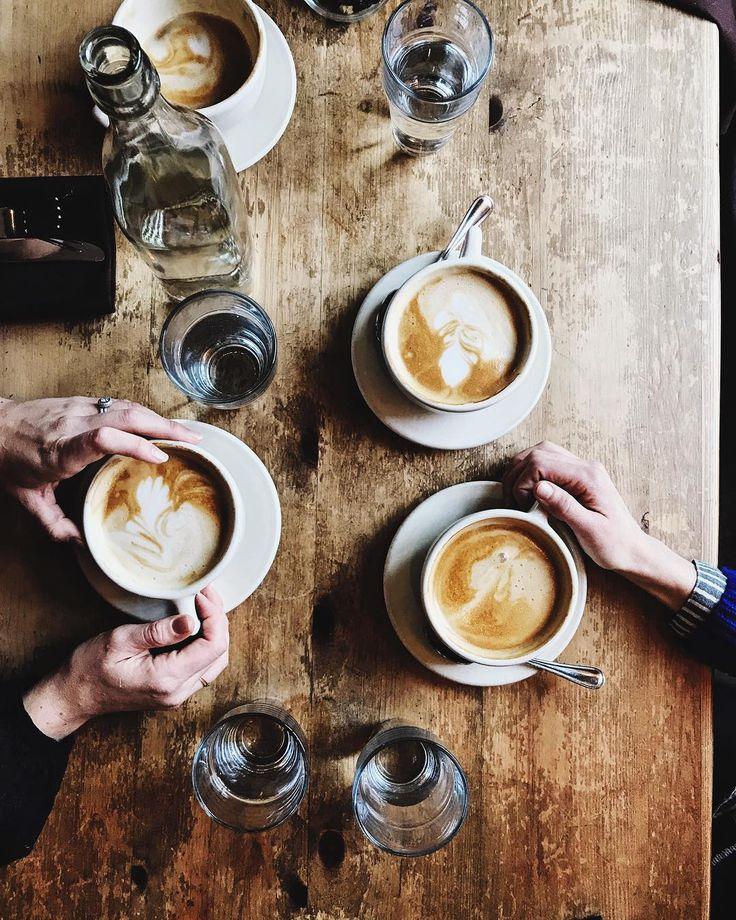 Aran Goyoaga sur Instagram: Seeking shelter from the elements in one of the gems of Seattle @cafefloraveg . Coconut milk lattes ⚡️ • Instagram