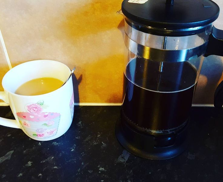 After not falling asleep until close to 2am today will be spent drinking coffee and catching up with the blog. Boys are happy playing together and dinner is cooking away in the slow cooker ready for tonight!  #coffeelover #needapickmeup #caffeine #ukparentbloggers #themumdiaries #mummyblogger #foodie #hotdrink #MyHappyCapture #oureverydaymoments #sleepy #needtocatchuponsleep #coffeebeans #coffee