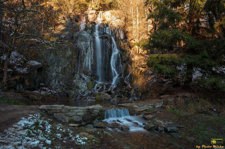 Der Königshütter Wasserfall Guten Morgen mit diesem Bild vom Donnerstag wünsche ich euch ein schönes Wochenende.  #königshütterwasserfall #königshütte #wasserfall #bode #wasser #waterfall #oberharz #oberharzambrocken #langzeitbelichtung #lzb #ndfilter #weitwinkel #heimat #harz #zuhauseimharz #harzliebe #draussenimharz #Landscape #Landschaft #Natur #Nature #Photography #Fotografie #Photomicha #Canon #Landscapephotography #Naturelovers #Naturephotography #Motiv
