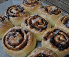 Recipe Gary's fruit and chocolate scrolls by Gary Mehigan - Recipe of category Baking - sweet