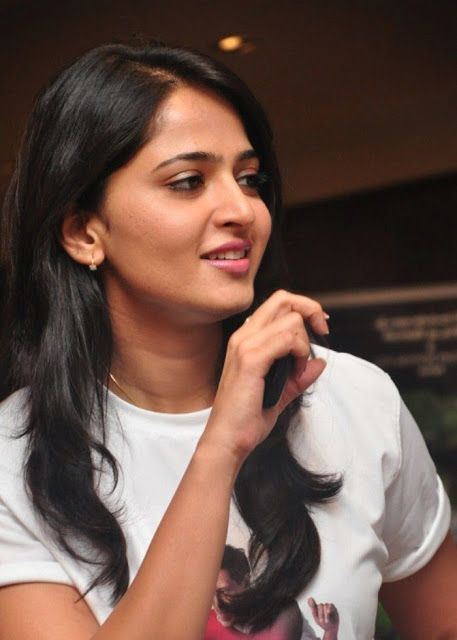 Anushka Shetty- anushka,anushka hot,anushka photos,Latest News,movies,Wallpapers,Photos, Videos: Anushka hot