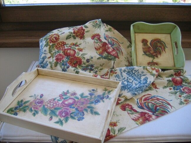 Vassoi decorati con pittura one stroke