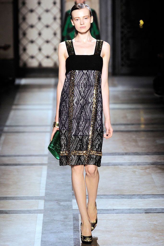 Dries Van Noten Spring 2010 RTW - Runway Photos - Fashion Week - Runway, Fashion Shows and Collections - Vogue