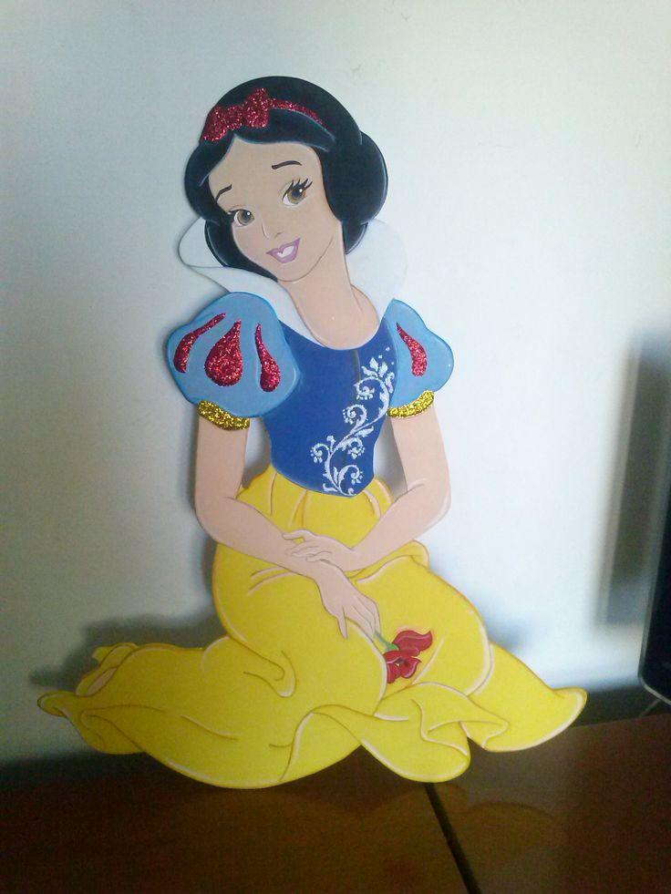 BIANCANEVE tagliata e dipinta a mano alta 70 cm