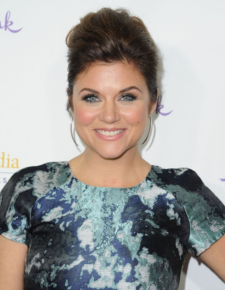 What Tiffani Thiessen Actually Eats in a Day.  She's such a cool chick!