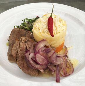 Carne de Sol Pernambucana com Purê de Macaxeira e Farofa de Jerimum   Carnes   Mais Você - Receitas Gshow