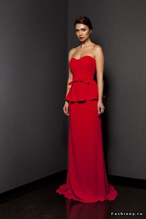 Топ 60 красных платьев