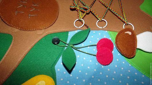 Развивающие игрушки ручной работы. Заказать Чудо дерево. Развивающие книги из ткани и фетра. Ярмарка Мастеров. Развивающая игрушка, застежки
