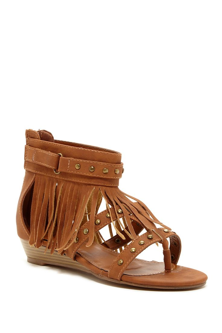 I'll have to get some of these for summer because my fringy boots will be waaay to hot here in humid Arkansas