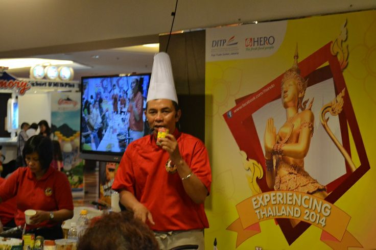 Acara Opening Experiencing Thailand 2014 | Cooking Demo oleh Chef Encang