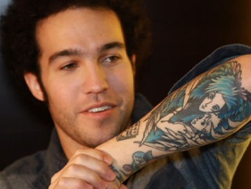 Pete Wentz has a freaking Howl's Moving Castle tattoo. I love this man.