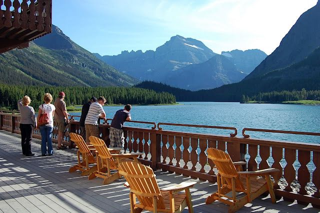 Many Glacier Lodge - Glacier National Park - Montana