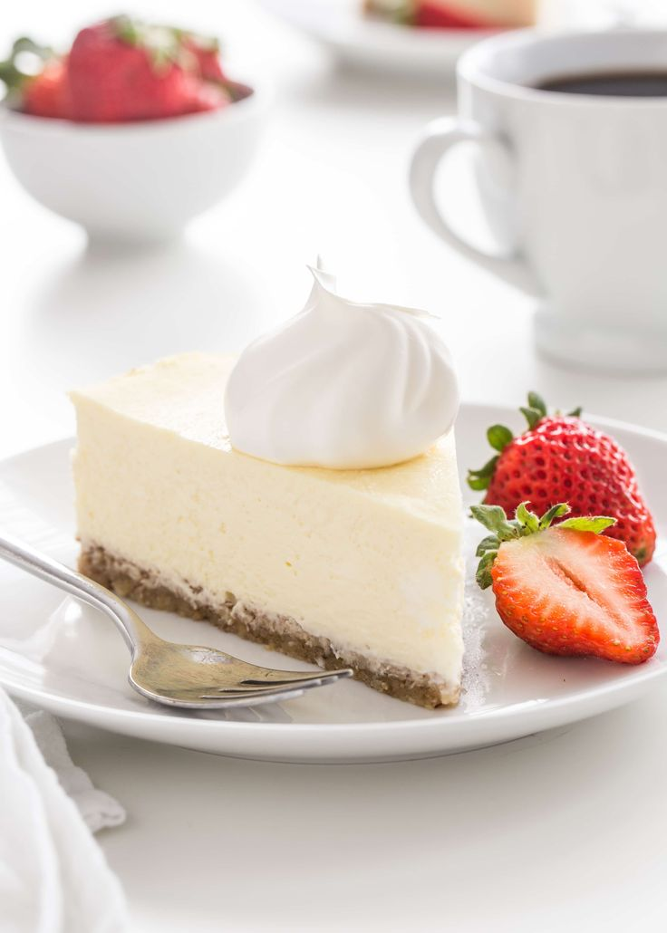 Low Carb Cheesecake has all the delicious flavor and creamy texture of traditional cheesecake without the added sugar.