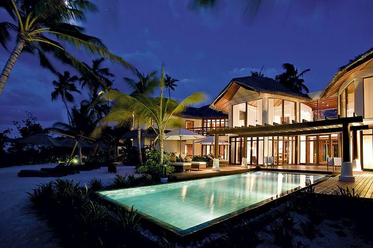 Luxurious villa at Halaveli.