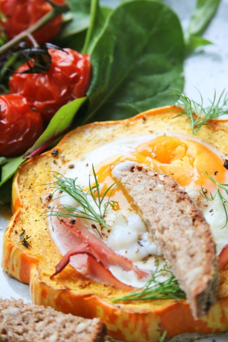Baked eggs & acorn squash / Zapečená vejce v dýni