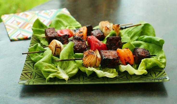 Brochettes de tempeh au barbecue