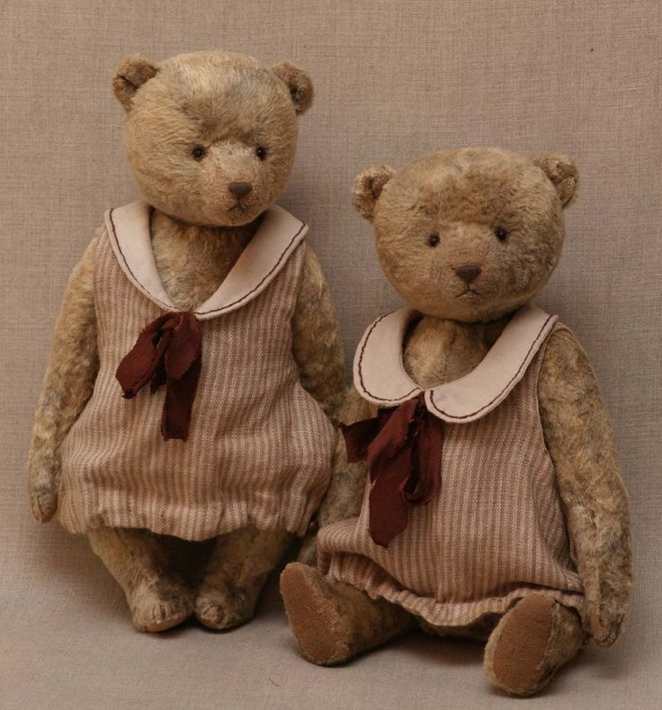 Two #teddy #bears from Hypatia. Vintage, retro.: