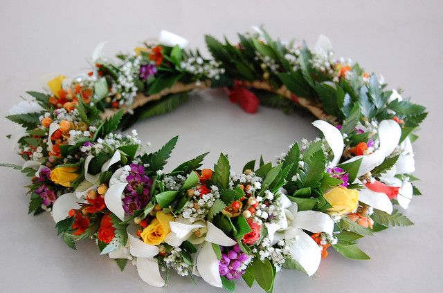 Haku Lei by sweetblossomshawaii, via Flickr
