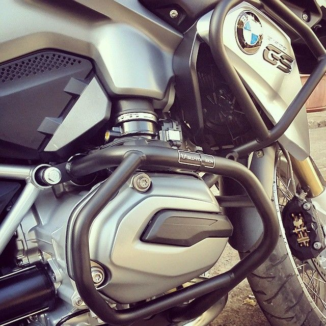 """@rymcopowersports's photo: """"Sw-Motech upper and lower crash bars just got installed by @rymcopowersports on a bmw #swmotech #accessories #crashbar #safety #protection #Kawasaki"""""""
