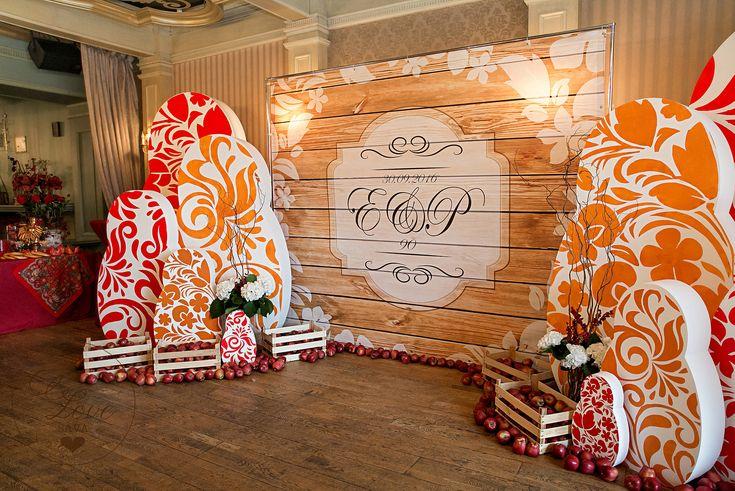 Декор свадьбы Елены Ваенги Мастерская Флористики и Декора SaVa Flowers Невероятно душевная свадьба в русском стиле прошла 30 сентября в Санкт-Петербурге. Мы создаем уникальные свадьбы и стильные мероприятия