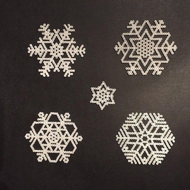 Snowflakes hama perler beads by alyndrup