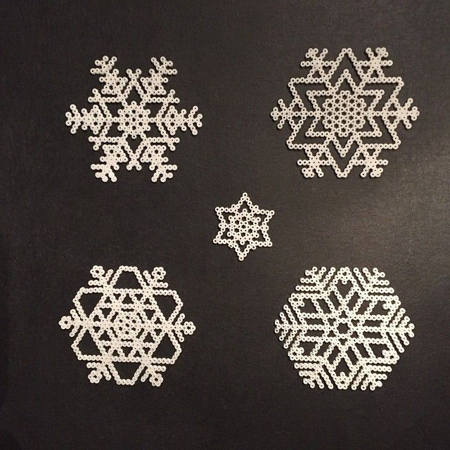 Snowflakes hama perler beads by alyndrup