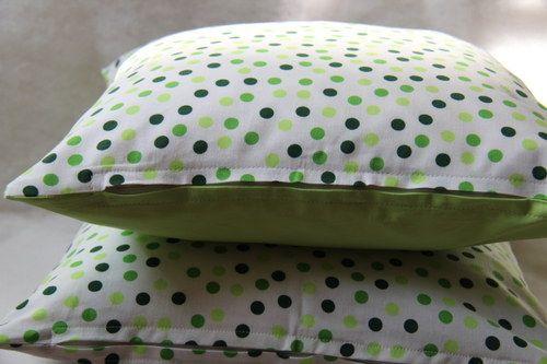 Jaro už je zase tady !  Originální dekorativní bavlněné povlaky na polštáře, šité z kvalitní designované 100% bavlny vyšší gramáže, k zútulnění vašeho domova.