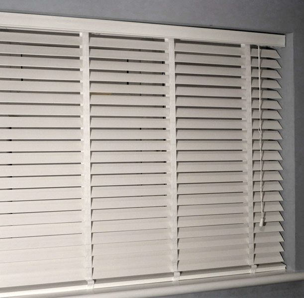Venetian Blinds | Wooden Venetian Blinds UK Technical Information - Fittings | Brackets