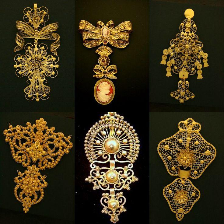 Ouro de Viana do Castelo. Pendentes ou alfinetes