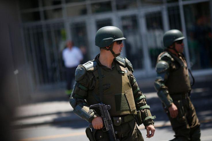 La Moneda entrega a las policías plan para