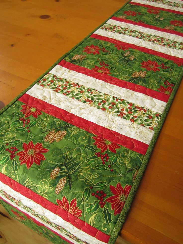17 best ideas about christmas table runners on pinterest christmas runner quilted table. Black Bedroom Furniture Sets. Home Design Ideas
